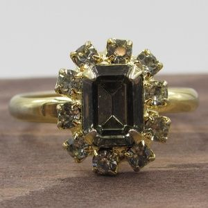 Size 7 Gold Tone Rustic Glass Gems Band Ring